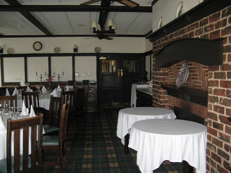 Barwon_Heads_Golf_Club_June_2010 dining room.jpg