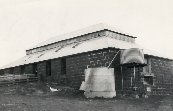 B2134 Woolshed