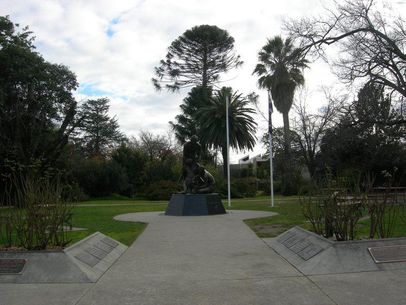 1772_Benalla_Botanic_gardens_2010_July_2_HV_0171.jpg