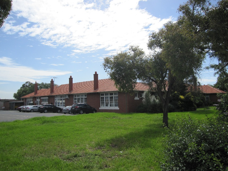 Essendon North Primary School (2).JPG