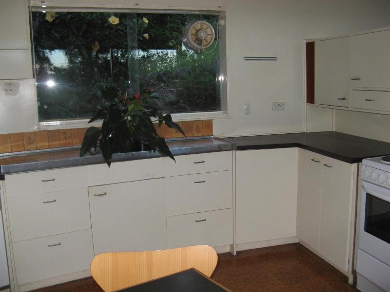 Snelleman House kitchen