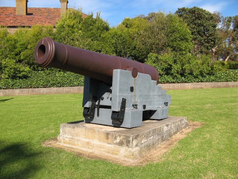 68 pounder gun in Cliff Street