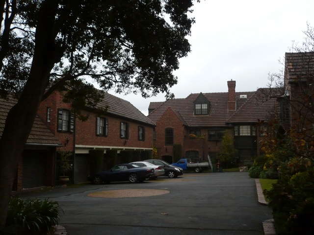 Gowrie Court