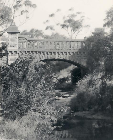 B1659 Bluestone Bridge Westmeadows