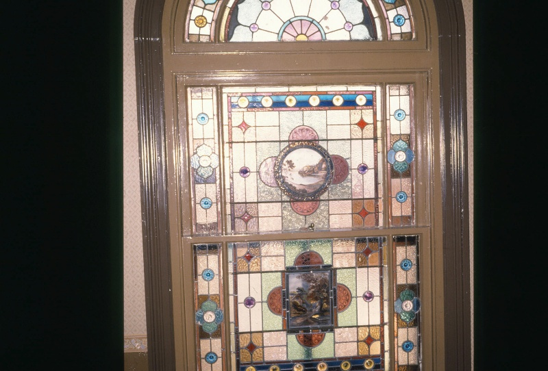 B1853 Shamrock Hotel Stained Glass Window