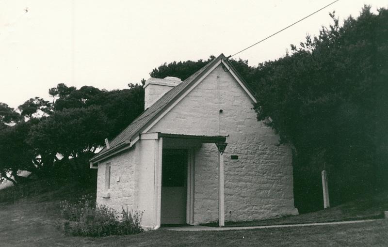 B2031 Former Shepherd's Hut now Office