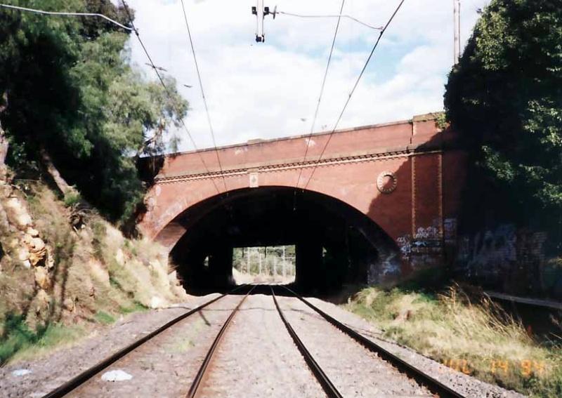 B7683 Dandenong Road Railway Bridge