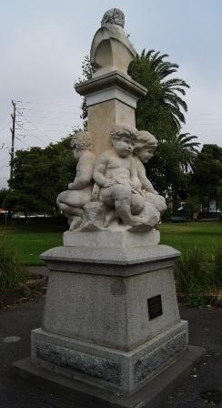 B6987 James Cuming Memorial