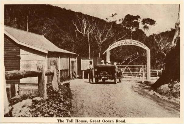 14228_Great_Ocean_Road_Toll House_Shelley_Beach.jpg