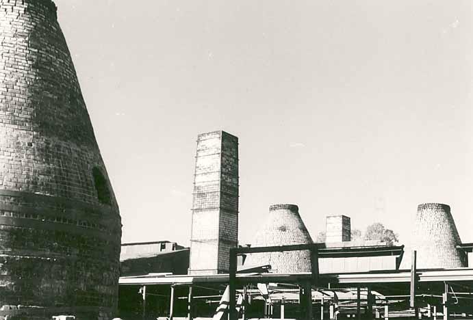 B3329 Bottle Kilns Midland Hwy Epsom