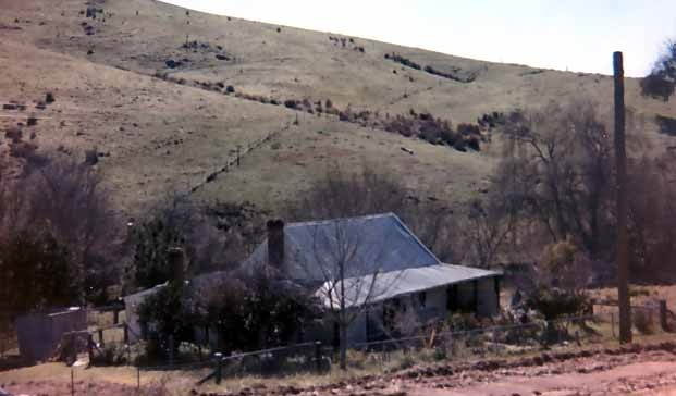 B3568 Maryvale Farm House Leneva West