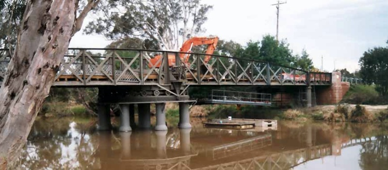 B2379 Swing Bridge Being Renovated