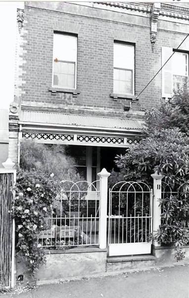 B2481 11 Agnes Street