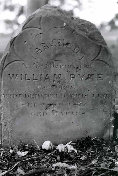 B3742 William Pyke's Grave