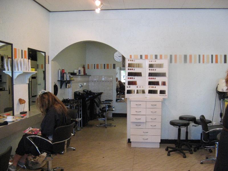 Foster_Building_Maffra_KJ_Apr_2012_shop interior no 67