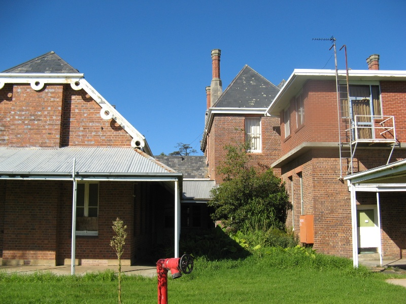 Bairnsdale Hospital rear of north and central wings showing later additions