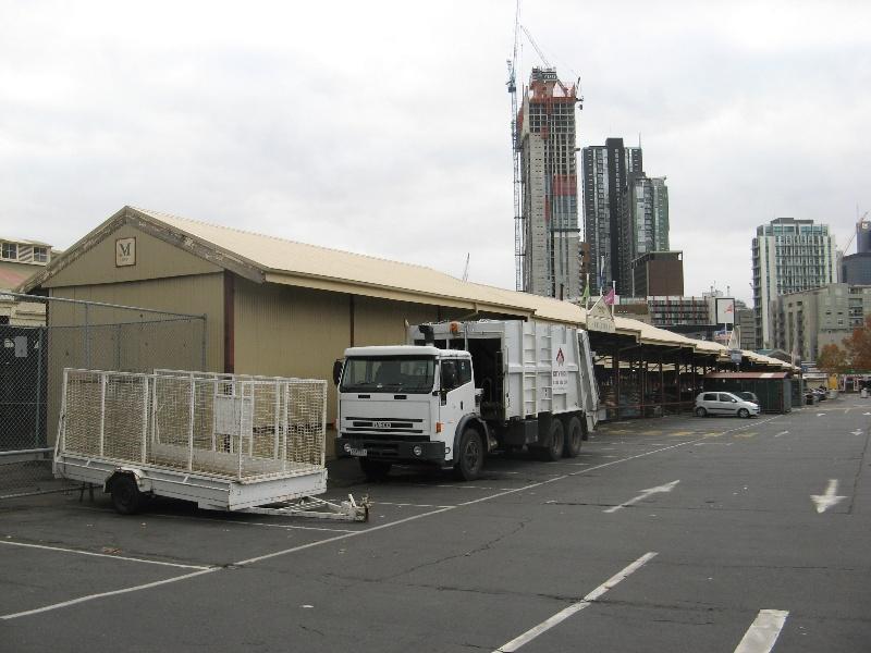 Queen Vic Market 3.jpg