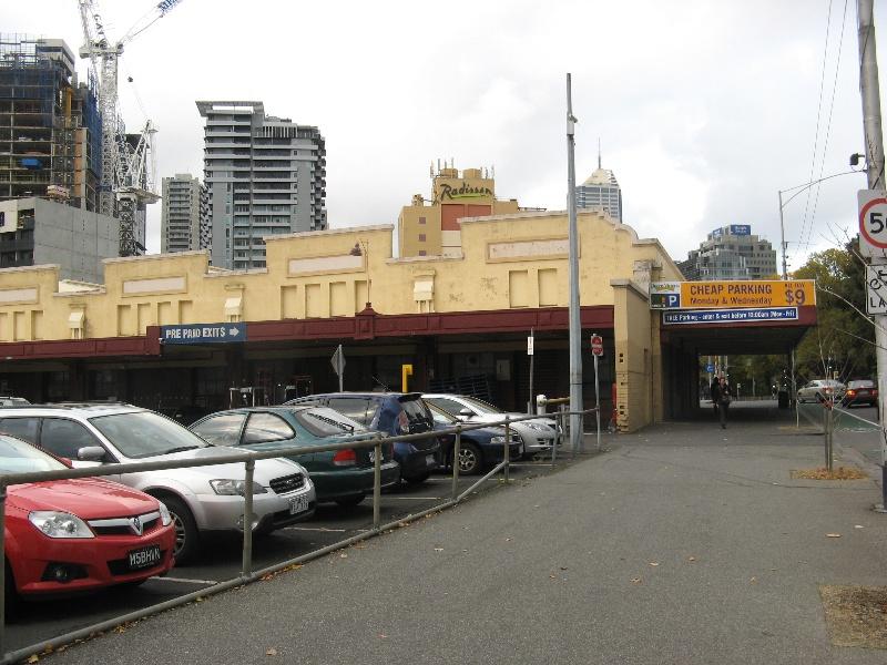 Queen Vic Market 7.jpg