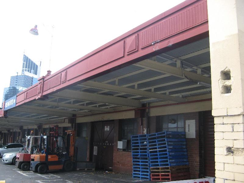 Queen Vic Market 10.jpg