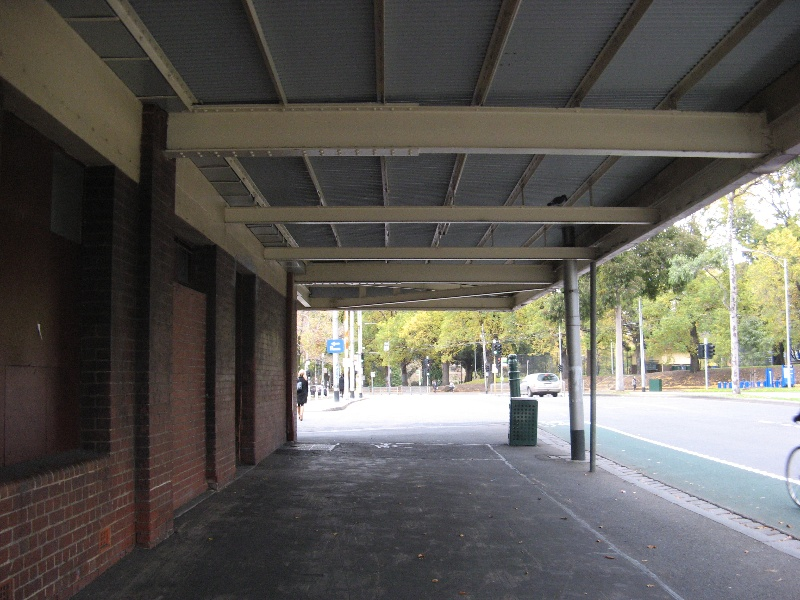 Queen Vic Market 14.jpg