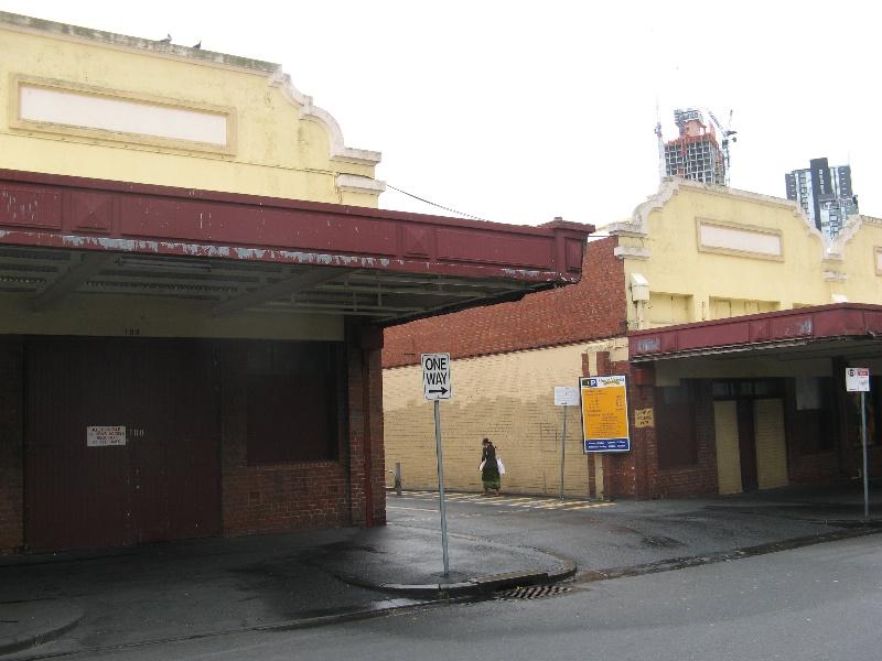 Queen Vic Market 21.jpg