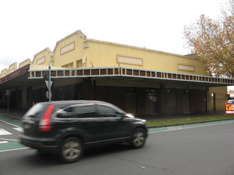 Queen Vic Market 24.jpg