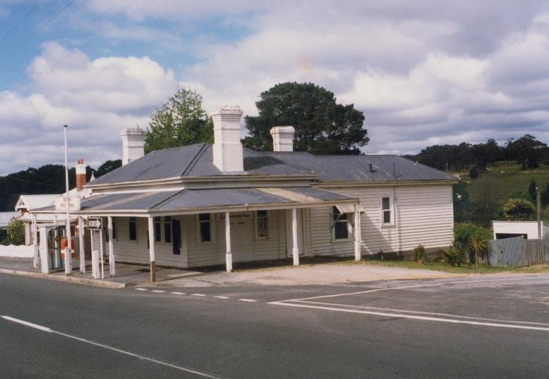 Linton Post Office, c.1986. Source: Linton Historical Society