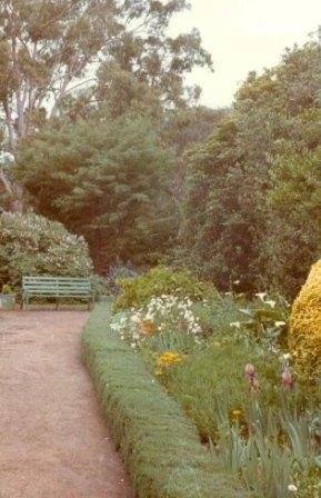 B1249 Titanga Garden