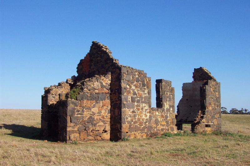 Norton Ruin