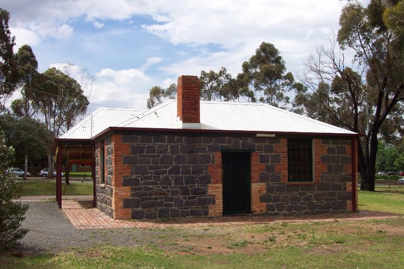 Raglan's Cottage