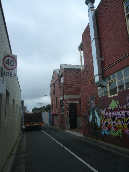 P1280745 400 Burnley Street (rear).JPG