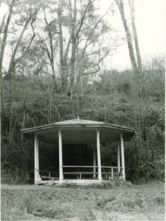 B3363 Bandstand
