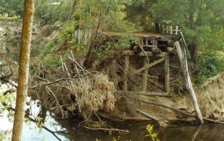 B6836 Cabbage Tree Creek Bridge Remains
