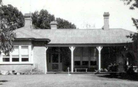 B1440 Mount Napier Homestead