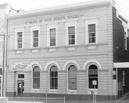 B3980 Fmr Bank of NSW View St Bendigo