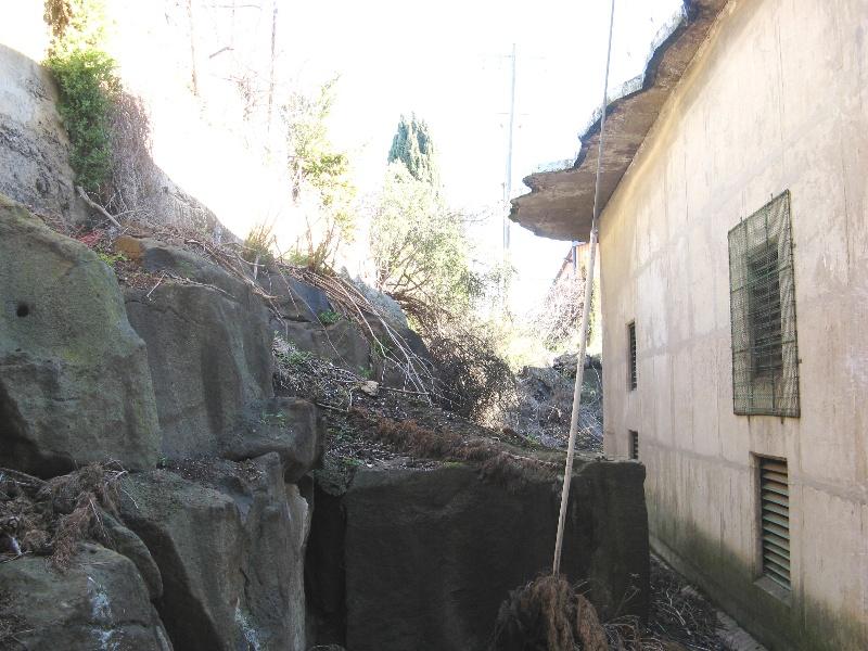 Maribyrnong substation quarry wall at rear