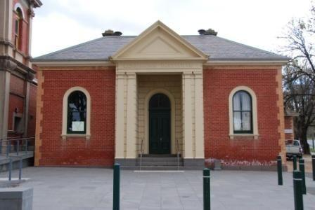 B4192 Mechanics Institute