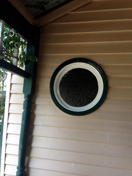 Porthole window, 14 Bridge St