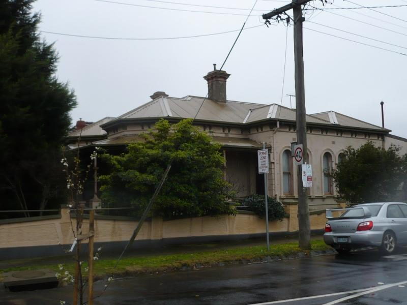 House and stables 256 Ascot Vale Road