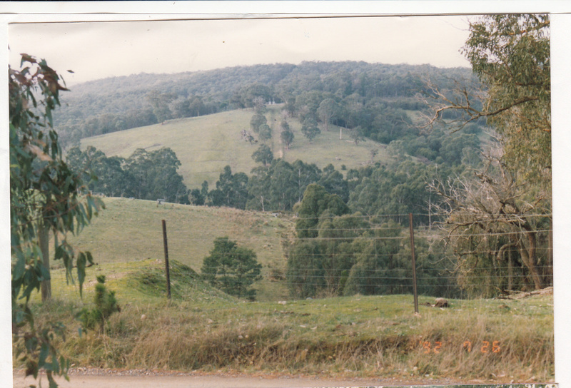 2 - Maroondah Aqueduct Kangaroo Ground Eltham - Shire of Eltham Heritage Study 1992 - Colour 1