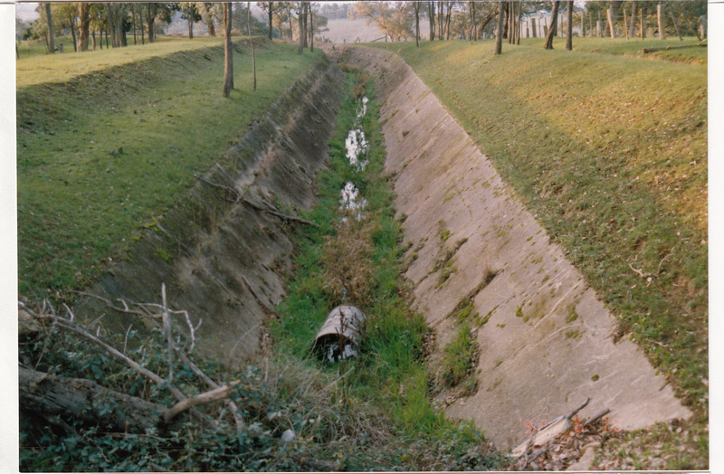 2 - Maroondah Aqueduct Kangaroo Ground Eltham - Shire of Eltham Heritage Study 1992 - Colour 10