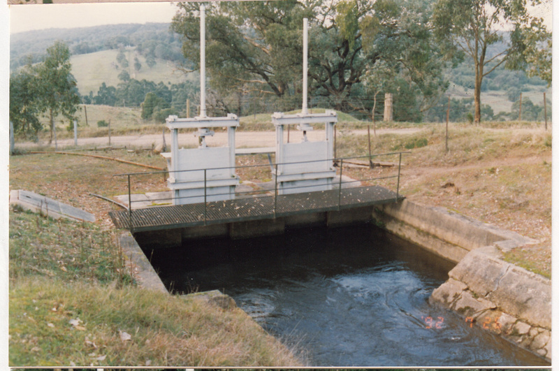 2 - Maroondah Aqueduct Kangaroo Ground Eltham - Shire of Eltham Heritage Study 1992 - Colour 2