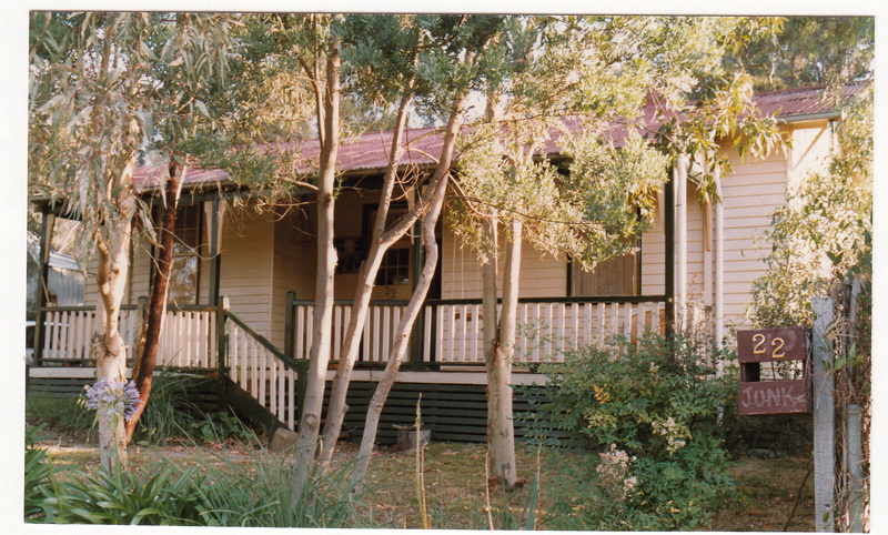 Old Teachers Residence State School 3939 Colour 1 - Shire of Eltham Heritage Study 1992