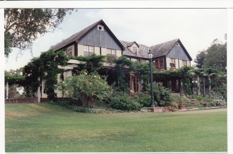 Jelbart Residential Complex 93 Arthur St Colour 6 - Shire of Eltham Heritage Study 1992