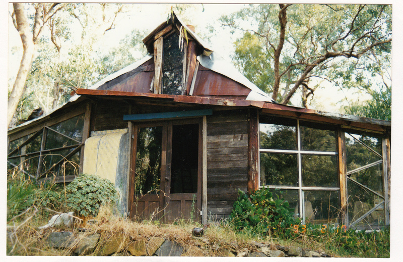Baker Studio and Sculptures Colour 1 - Shire of Eltham Heritage Study 1992