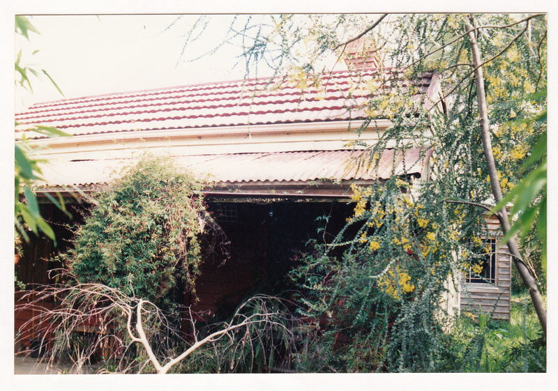 Cottage at 15 Silver St Colour 2 - Shire of Eltham Heritage Study 1992