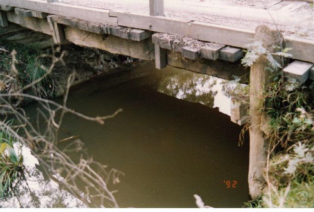 Timber Trestle Bridge Arthurs Creek Eagles Nest Rd Colour 2 - Shire of Eltham Heritage Study 1992