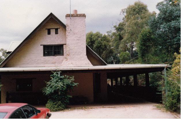 Adobe residence and Batemans Studio 57 Dodd St Colour 2 - Shire of Eltham Heritage Study 1992