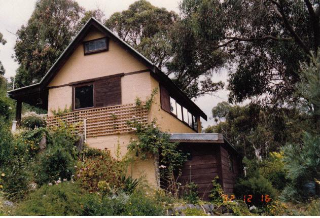 Adobe residence and Batemans Studio 57 Dodd St Colour 5 - Shire of Eltham Heritage Study 1992