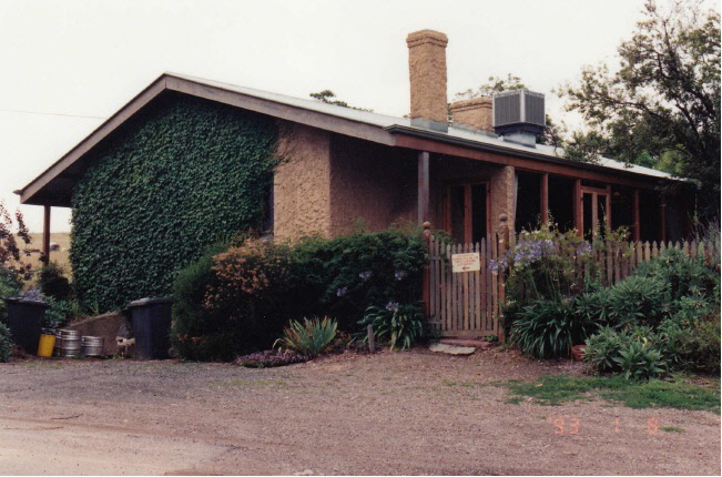 Former Wellers Pub at Pitman Cnr Kangaroo Ground Colour 2 - Shire of Eltham Heritage Study 1992